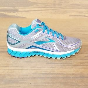 Brooks Adrenaline GTS 16th Edition Running Shoes
